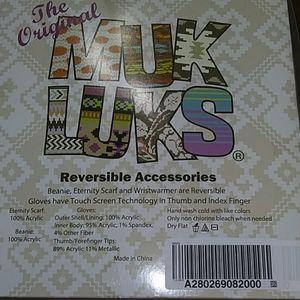 Brand New Original Muk Luke Reversible Accessories